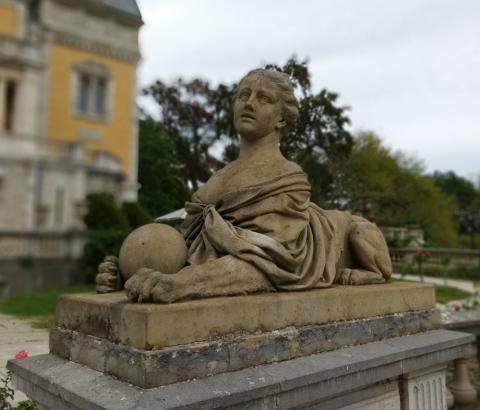 Сфинкс у Массандровского дворца близ Ялты
