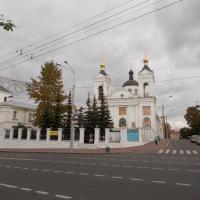 Свято-Покровский кафедральный собор на улице Ленина