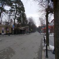 Центральная улица города (имени, конечно, Ленина)