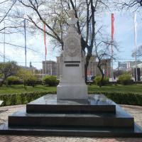 Масенький памятник Алексею Кольцову