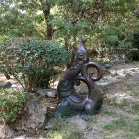 Неизвестная скульптура в Ялте