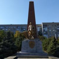 Вечная слава воинам, павшим в боях за независимость нашей родины 1941-1945 гг.