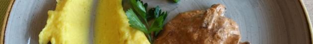 Вкусный обед в калининградском кафе